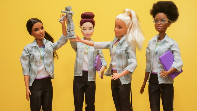 Robotics Engineer Barbie wants to Encourage Girls into STEM